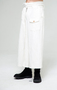 Baroque 18fw Collection Corduroy Pants [White]