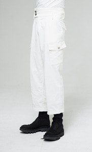 Baroque 18fw Collection Cargo Poket Pants [White]