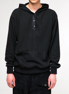 Baroque 18fw Collection 3-Button Hoodie [Black]